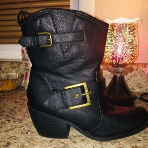 Short cowboy moto boots